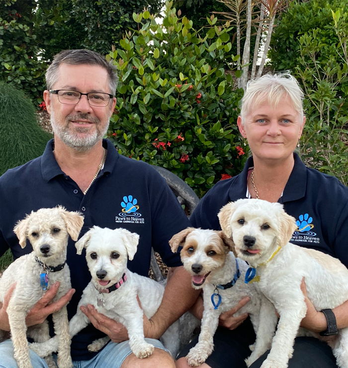 Image of the owners of Paws to Heaven pet cremation service